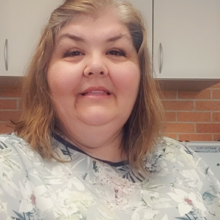 Julie  Soto